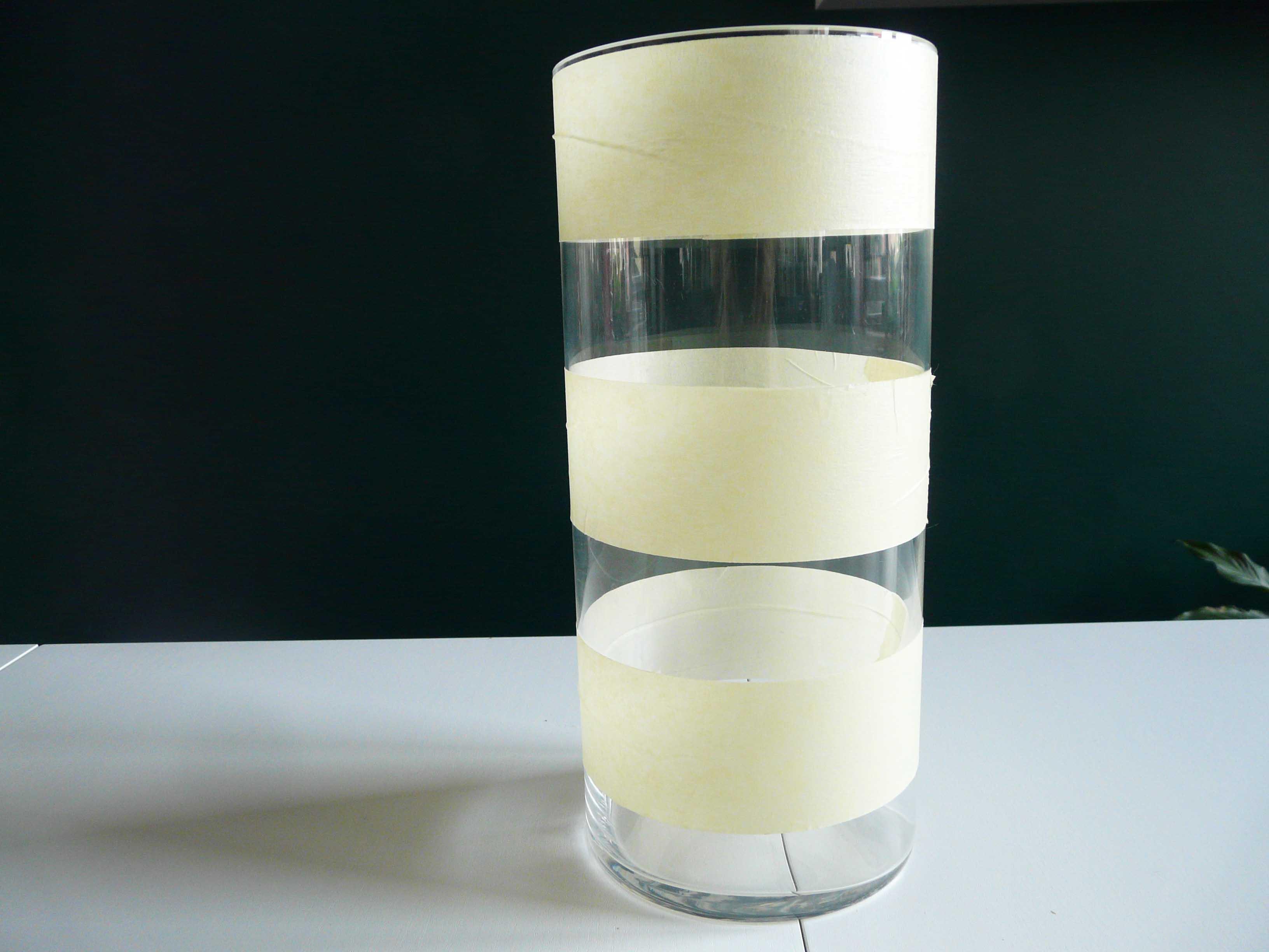 Vaas met afplaktape