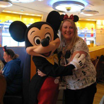 Travel: Ontbijten bij Café Mickey