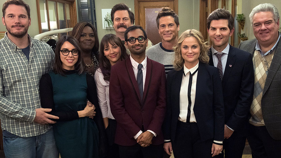 """PARKS AND RECREATION -- """"One Last Ride"""" Episode 712/713 -- Pictured: (l-r) Chris Pratt as Andy Dwyer, Aubrey Plaza as April Ludgate, Retta as Donna Meagle, Rashida Jones as Ann Perkins, Nick Offerman as Ron Swanson, Aziz Ansari as Tom Haverford, Rob Lowe as Chris Traeger, Amy Poehler as Leslie Knope, Adam Scott as Ben Wyatt, Jim O'Heir as Garry Gergich -- (Photo by: Colleen Hayes/NBC)"""