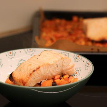 Recept: Zalm met zoete aardappel, wortel, limoen & honing