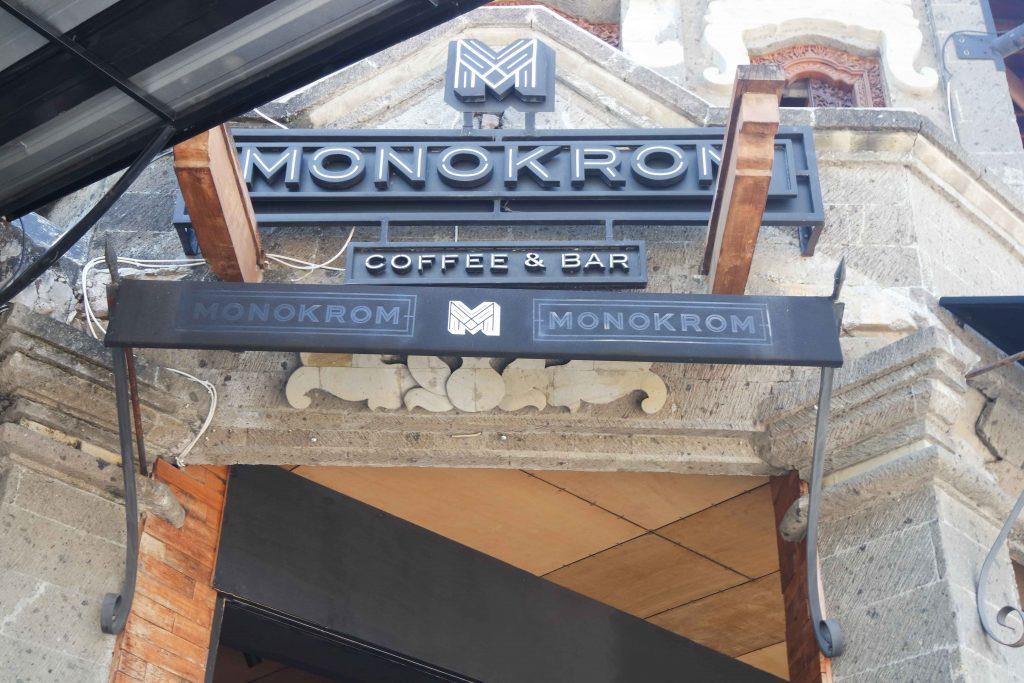 Monokrom Bali