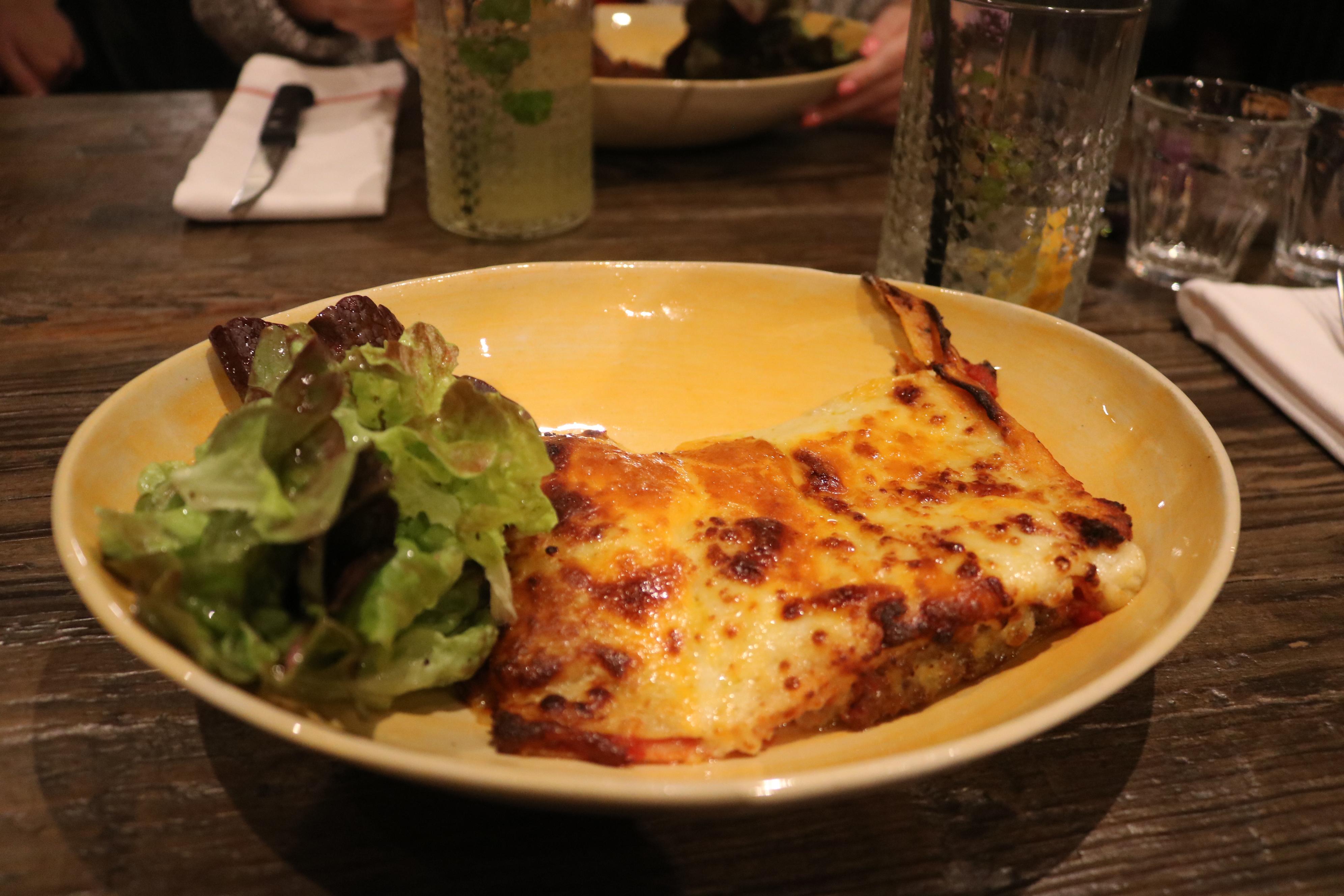 a girl eats world: Ravioli Lasagna