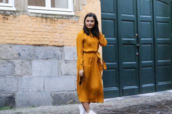 okergele jurk Zara
