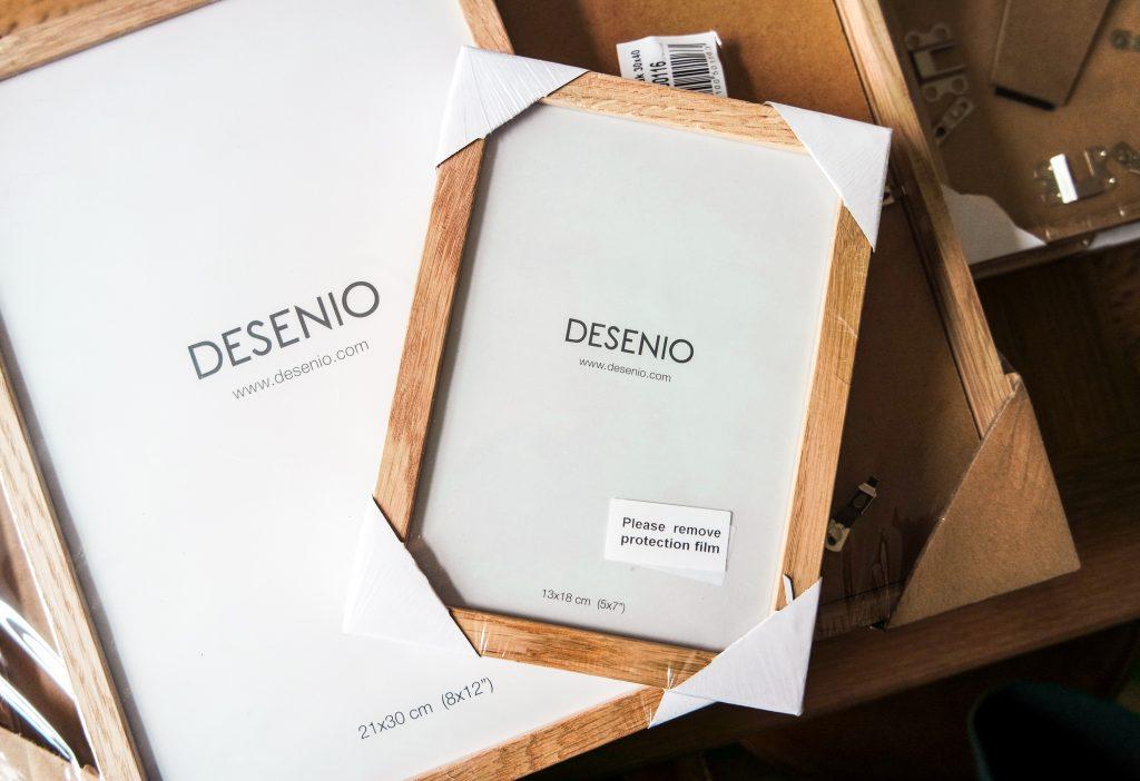 Eiken lijsten van Desenio